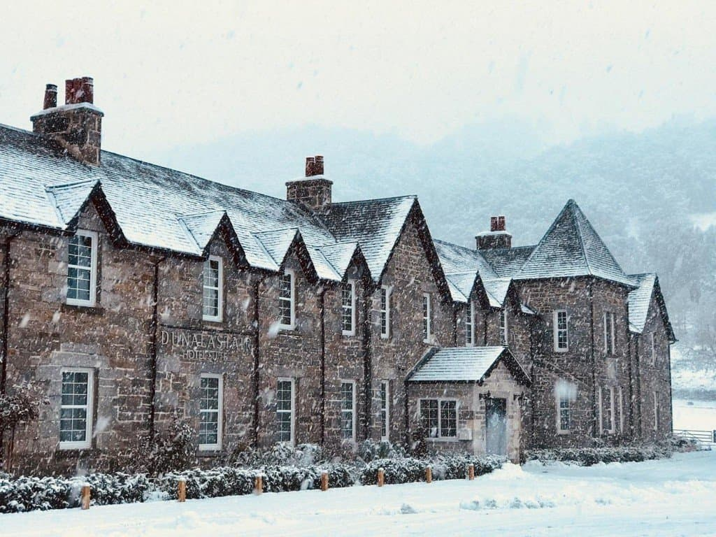 Dunalastair Hotel in Snow